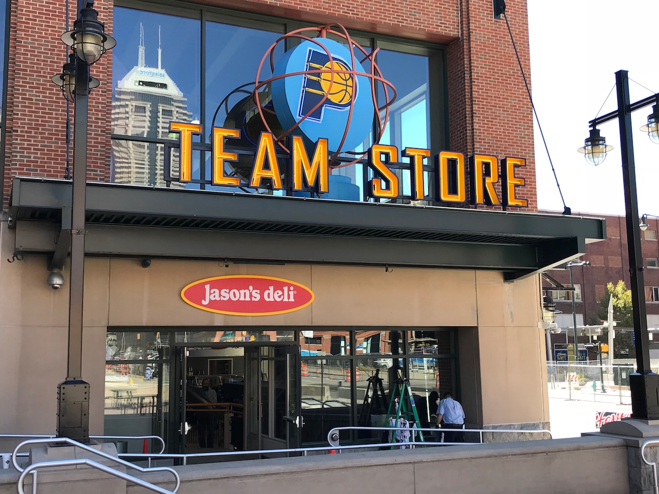 FIRST LOOK: Pacers Team Store reopening on Sept. 29 | Vigilant Sports